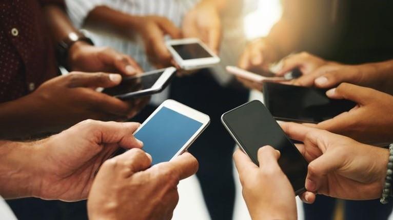Phones-Free-Ads